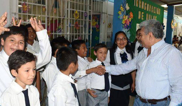 Entrega Amado Guzmán Avilés aulas totalmente rehabilitadas en la primaria Ignacio Manuel Altamirano