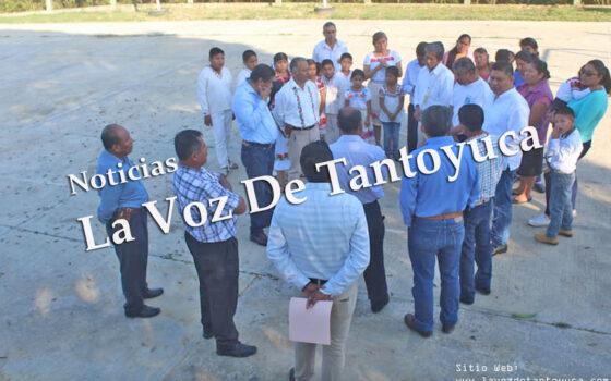 Se reúne alcalde con personal docente de escuela primaria indígena en el Ejido Ixcatepec   LVDT