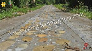 Ayuntamiento rehabilita calles en La Mora Xilozuchil