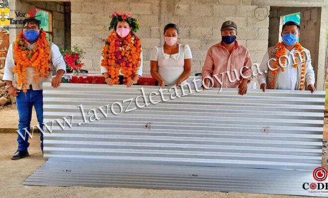 Entrega DIF Municipal proyectos productivos y de mejoramiento a la vivienda en Ayoco | LVDT