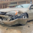Percance vehicular deja solo daños materiales | LVDT