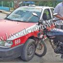 Motociclista resulta ileso tras impactarse contra un vehículo de alquiler | LVDT