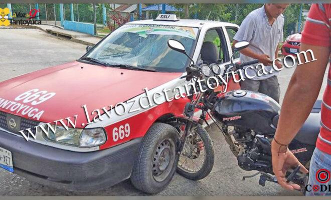 Motociclista resulta ileso tras impactarse contra un vehículo de alquiler   LVDT