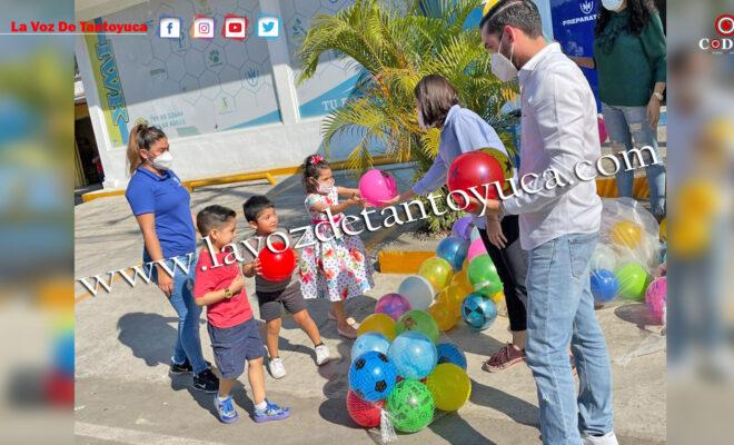 Entrega Instituto Williams Keembol pelotas a niños tantoyuquenses | LVDT