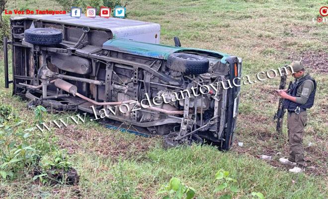 Vuelca camioneta en Tantoyuca; conductor resultó ileso | LVDT