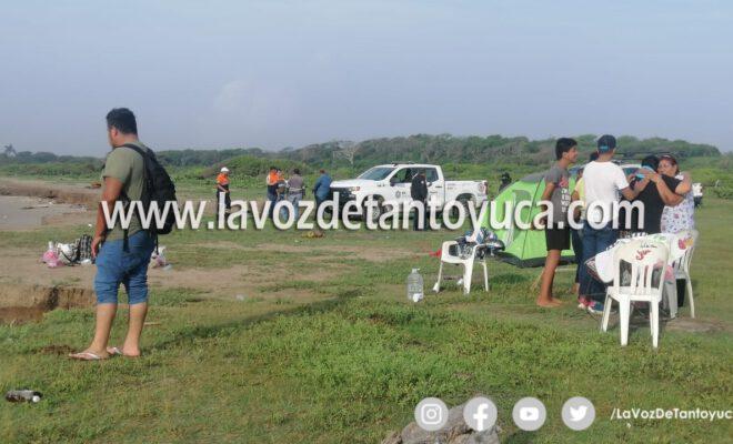 Buscan cuerpo de menor ahogada en playa Chachalaco