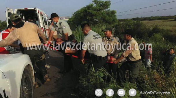 Volcadura de vagoneta deja como saldo 4 lesionados, en Pánuco