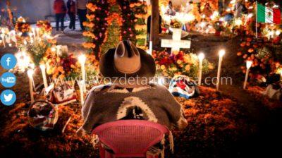 Advierte sobre colocación de altares de muertos con veladoras