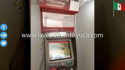 Ladrones con engaños a tarjetahabientes quitan dinero de cajeros
