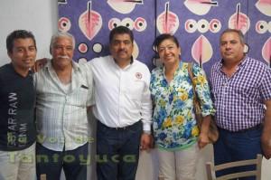 El Diputado Local, Ing. Edgar Díaz Fuentes se reunió con líderes de la CNC de Tantoyuca y Tempoal previó a la entrevista con los medios de comunicación.