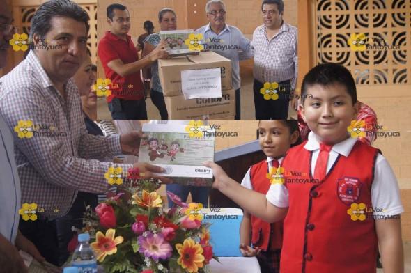 En Platón Sánchez, miles de niños y niñas de nivel básico, fueron beneficiados con la entrega de paquetes escolares. Foto: La Voz De Tantoyuca.