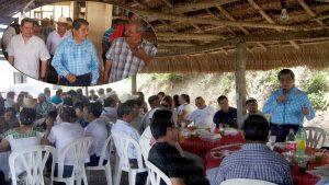 El Diputado local electo, Mtro. Manuel Francisco Martínez Martínez visitó oficialmente el municipio de Chalma; el legislador electo fue recibido por el Lic. Jonathan Ángel Flores Sánchez. Foto LVDT.