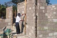Avanza la construcción de las 76 viviendas en el municipio de Chalma